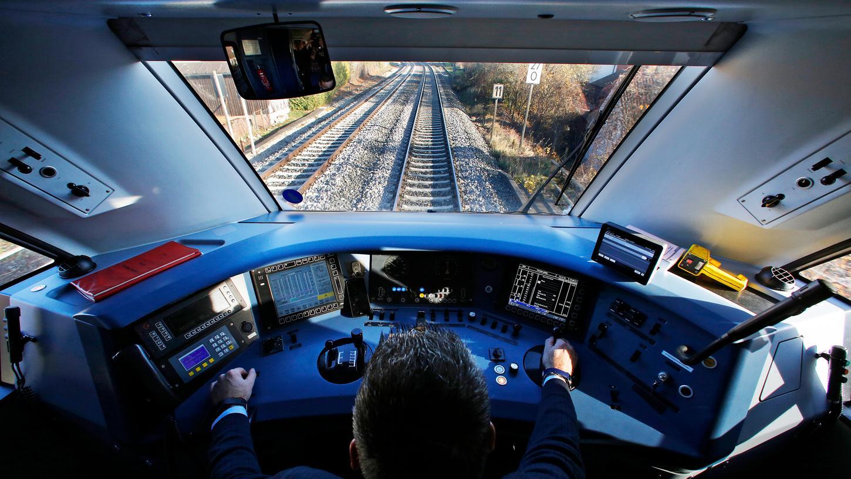 Seit Jahren versucht die Bahn, mit zahllosen Image-Kampagnen mehr Lokführer zu bekommen.