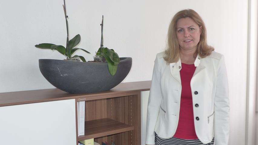 Martina Paasch bezog als Vorstandsmitglied bei der N-Ergie im Jahr 2018 ein Fixgehalt von 272.000 Euro sowie Bonuszahlungen von rund 190.000 Euro und Sachleistungen in Höhe von 10.000 Euro.