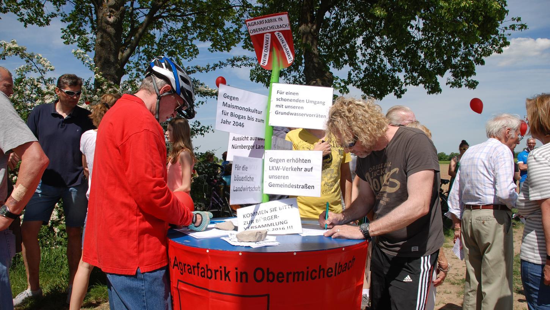 Als vor zweieinhalb Jahren Landwirte aus dem Knoblauchsland ein großes Gewächshaus in Obermichelbach bauen wollten, formierte sich sofort der Widerstand der Bürger.