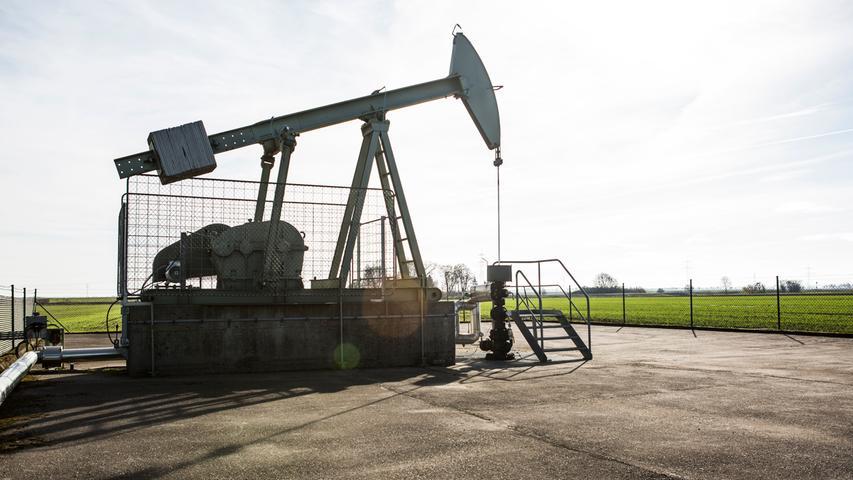 Die größte Förderstätte in Bayern befindet sich im schwäbischen Aitingen. Dort wurden 2017 fast 34.000 Tonnen Öl aus der Erde geholt, ein Großteil der gesamtbayerischen Fördermenge von 45.236 Tonnen.
