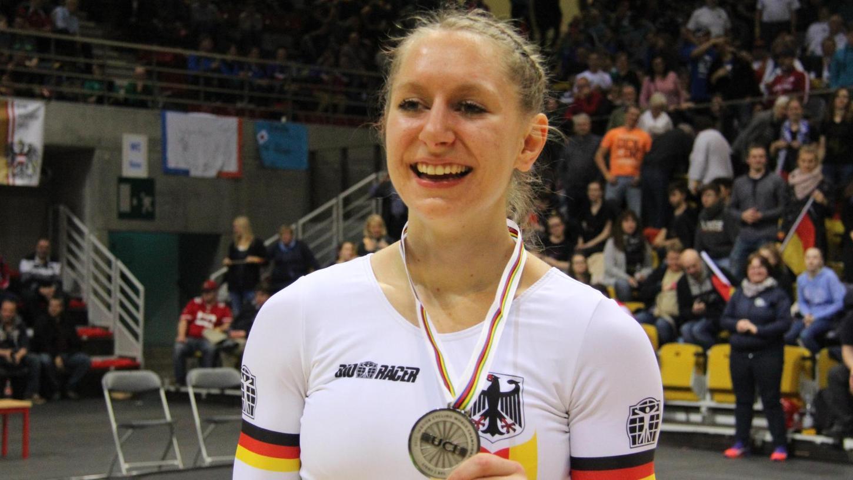 Milena Slupina hat allen Grund zum Lachen: Nach einem überaus erfolgreichen Jahr durfte sie sich in Lüttich bei der Hallenrad-Weltmeisterschaft auch noch über die Silbermedaille freuen.