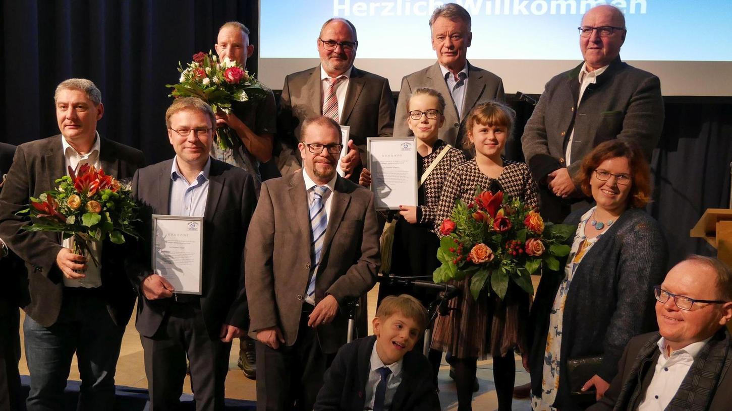Der Erlanger Inklusionspreis geht in diesem Jahr an Peter Sehrbrock, die Familie Ungerer und Kaspars Paegle.