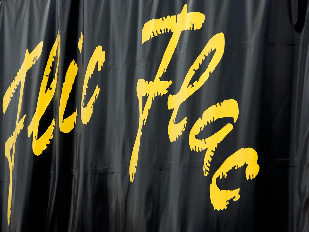 LOKALES Foto: Eduard Weigert Datum: 4.12.18..Aufbau Flic Flac Volksfestplatz