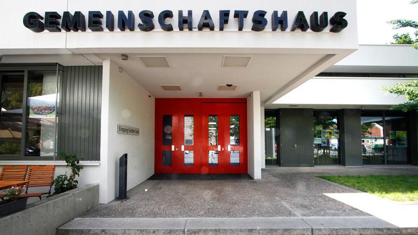 554.078 Besucherinnen und Besucher kommen pro Jahr in die Nürnberger Kulturläden. Dabei fallen jährlich 6,1 Mio. Euro an. Je Kulturladen fällt pro Jahr ein Zuschuss von 416.000 Euro an.