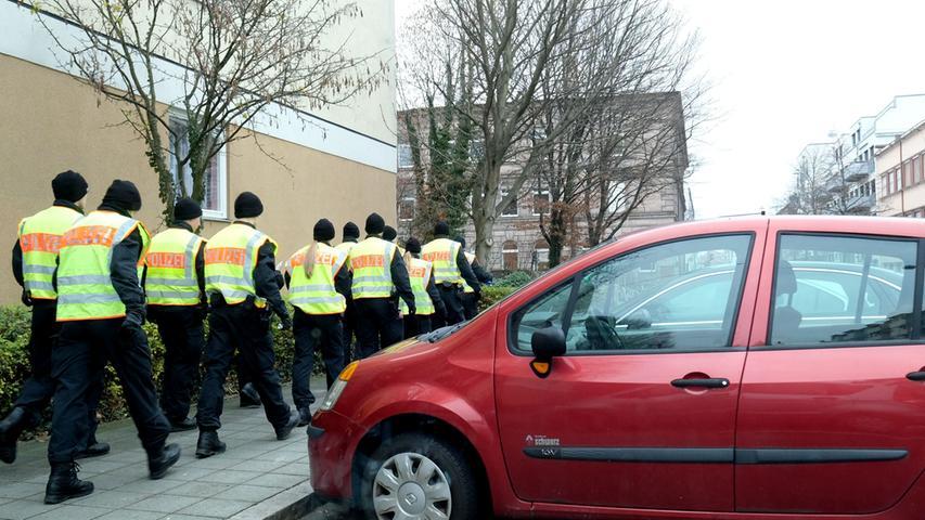 Nach Angriff auf drei Frauen: Polizei durchkämmte St. Johannis