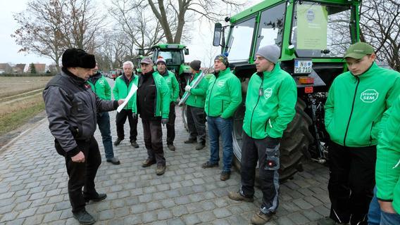 Bauern protestieren gegen die Zubetonierung des Knoblauchslandes