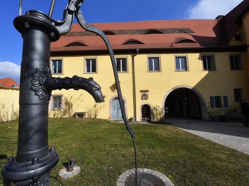 SchlossAdelsdorf_B_20180226_.Reportage Schloss Adelsdorf..ABRECHNUNG: Pauschale ( X ) / Einzeltermin ( ). RESSORT: Lokales / Wirtschaft _ ZEITUNG: NN _ Ausgabe: HER .DATUM: 26.02.2018.FOTO: Berny Meyer.MOTIV: Schloss Adelsdorf.