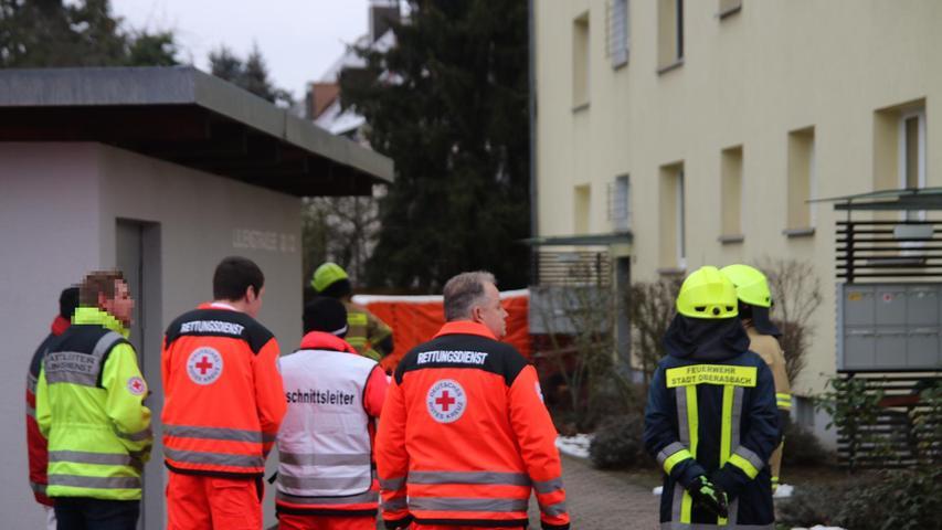 Großeinsatz in der Lilienstraße: Polizei überwältigt Frau in Wohnung