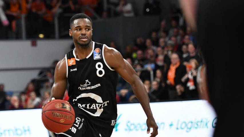12.01.2019 --- Basketball --- Bundesliga ---Saison 2018 2019 --- 10. Spieltag: Brose Bamberg - Rasta Vechta --- .Josh Young (8, Rasta Vechta)..--- Foto: Sport-/Pressefoto Wolfgang Zink / HMI --- ......