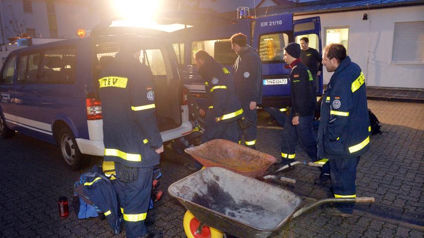 Das Erlanger brach am Sonntagmorgen ebenfalls auf, um bei der Schneekatastrophe in Südbayern Hilfe zu leisten. .Foto: Klaus-Dieter Schreiter