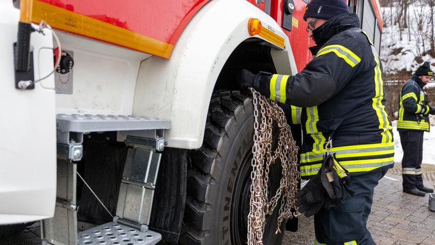 Tag und Nacht im Einsatz: So hilft die Fürther Feuerwehr im Katastrophengebiet