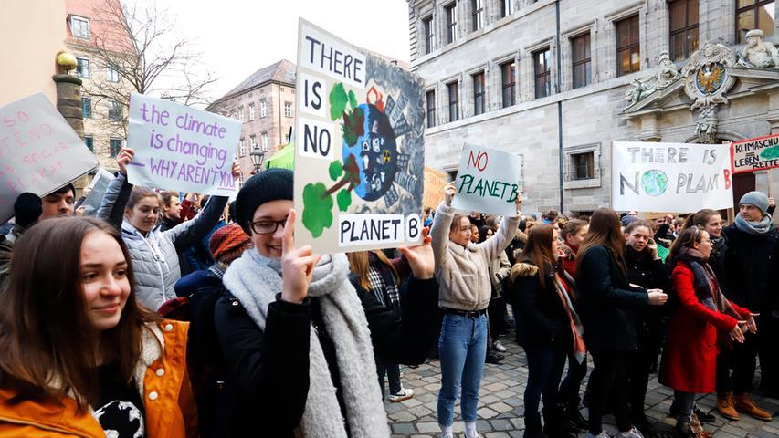 Schülerstreik für den Klimaschutz: Demonstration mitten in Nürnberg