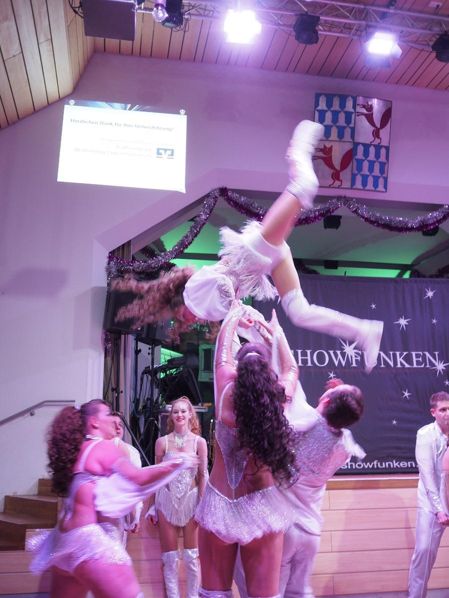 Ein besonderer Gast bei der Benefiz-Gala der Karnevalsgesellschaft Treuchtlingen war die Showtanzgruppe Showfunken aus Taufkirchen. Foto: Benjamin Huck