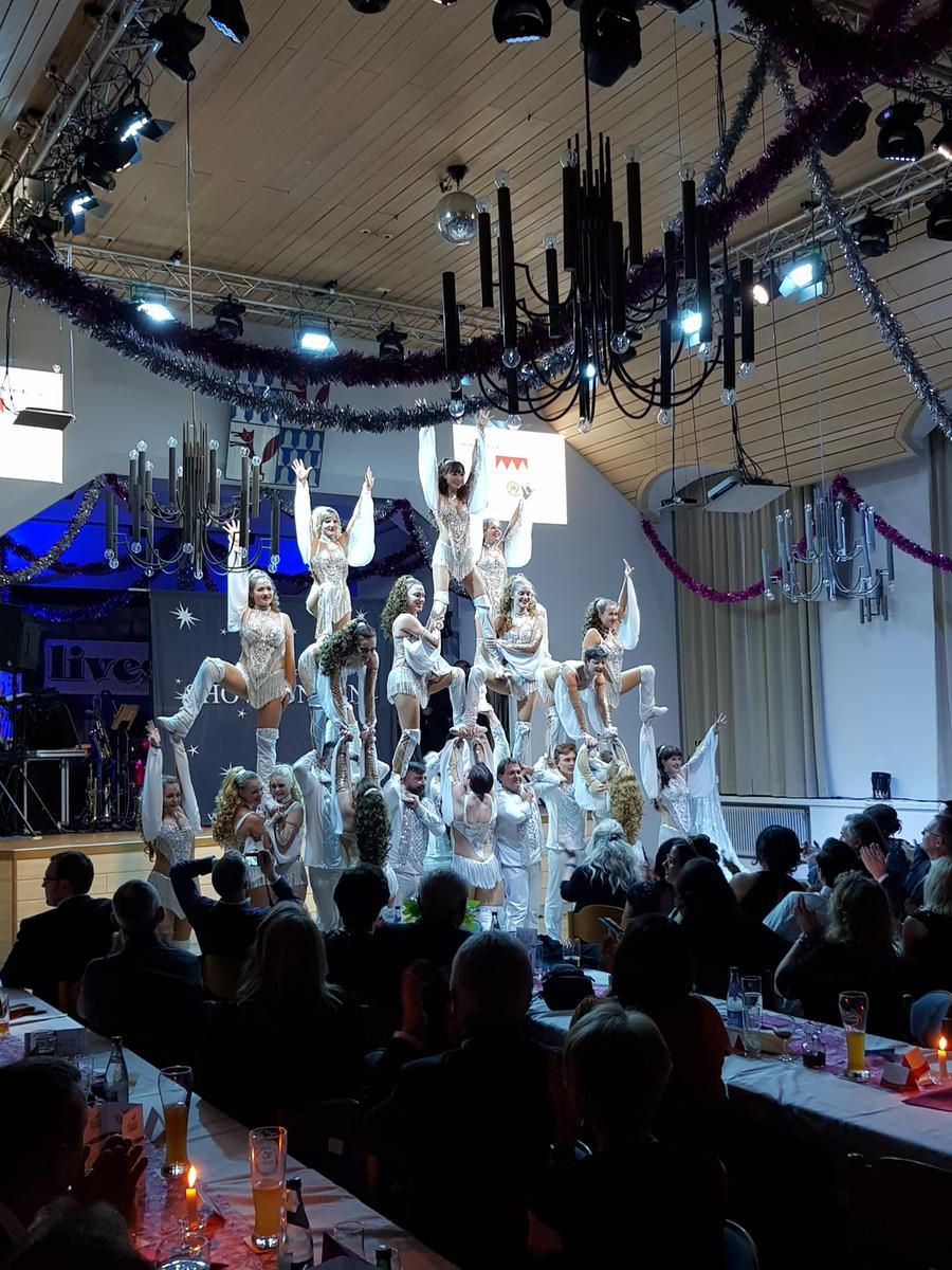 Showfunken Treuchtlingen bei Benefiz-Gala KG Treuchtlingen