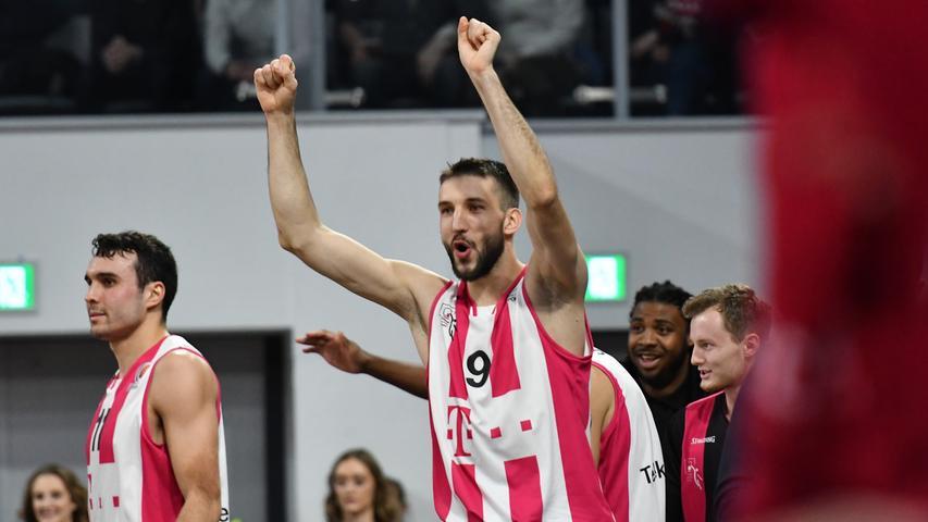 20.01.2019 --- Basketball --- Saison 2018 2019 --- 1. Bundesliga easycredit BBL --- Pokal-Halbfinale: Brose Bamberg - Telekom Baskets Bonn --- Foto: Sport-/Pressefoto Wolfgang Zink / HMI --- .Stefan Bircevic (9, Telekom Baskets Bonn) jubelt.......