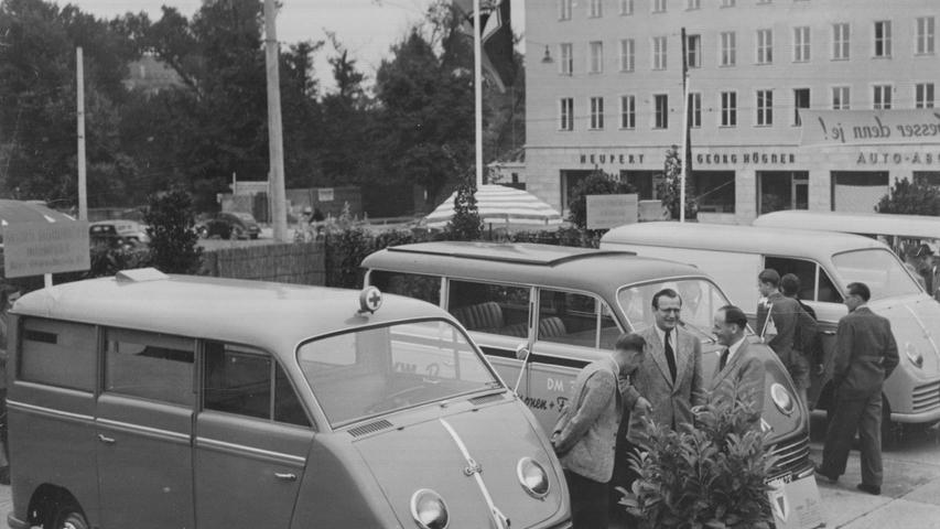 August 1951: Mit 10 Fahrzeugen stellte die Auto-Union in Nürnberg ihre Produktpalette vor. Eine Parade der sogenannten