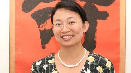 Die Leiterin des Konfuzius-Instituts Nürnberg-Erlangen, Yan Xu-Lackner wünscht sich eine gegenseitige Annäherung zwischen Deutschland und China.