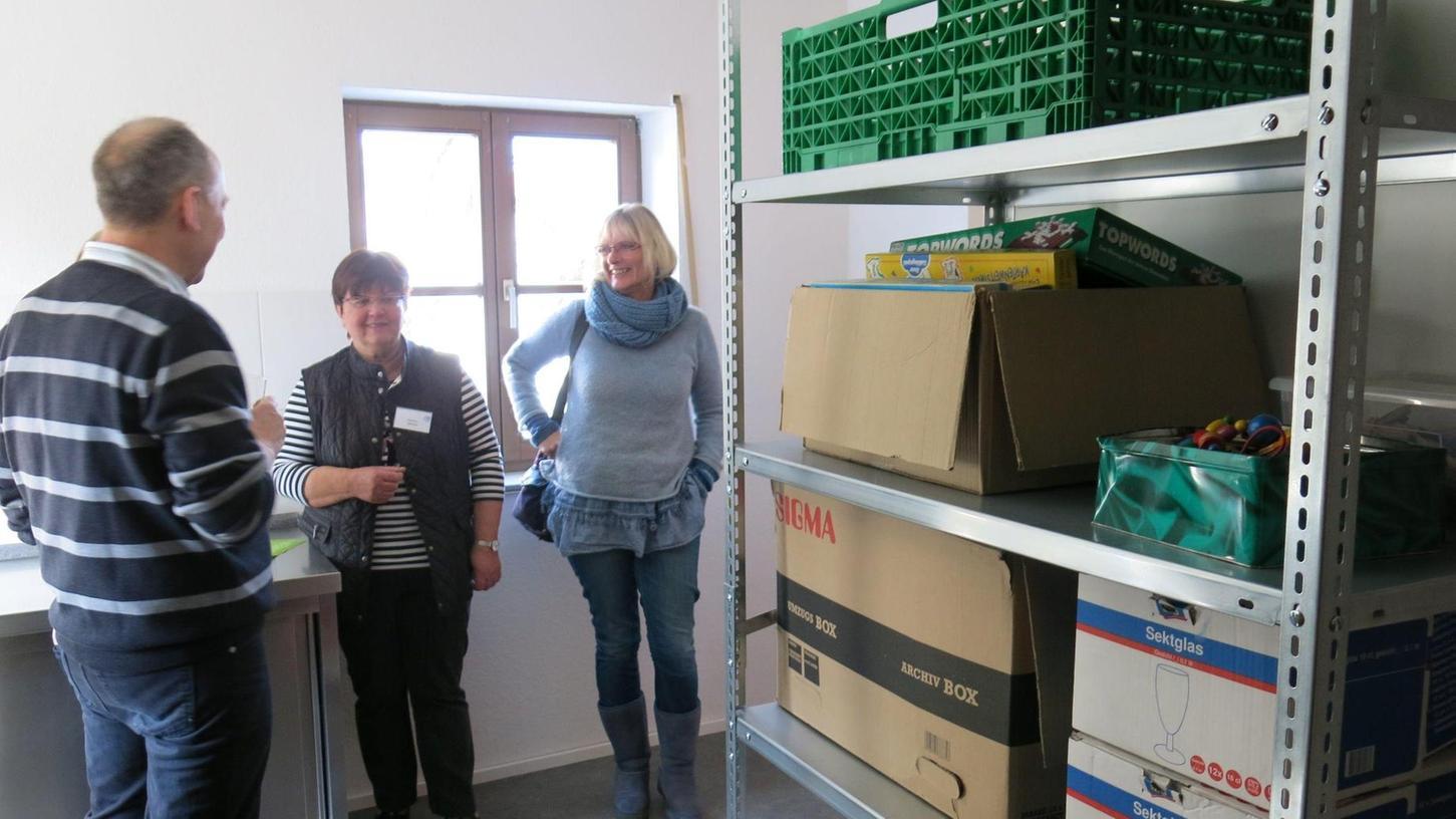 Im Haus der Diakonie in Forth sind die Lebensmittel-Regale der Tafel Eckental untergebracht.