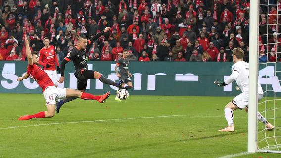 Schluss beim FCN: Zrelak zieht's nach Polen - Nordbayern.de