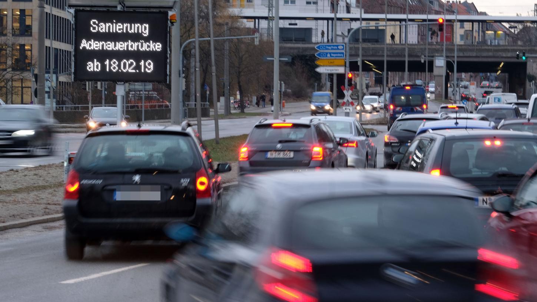 Am Wöhrder Talübergang brauchten Autofahrer bereits 2019 viel Geduld. Das ändert sich auch im neuen Jahr nicht.