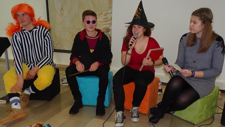 Pippi Langstrumpf, Harry Potter und die Hexe Lilly erzählten in einer Talkrunde aus ihrem jeweiligen Leben und wollten so die Lust aufs Lesen wecken.