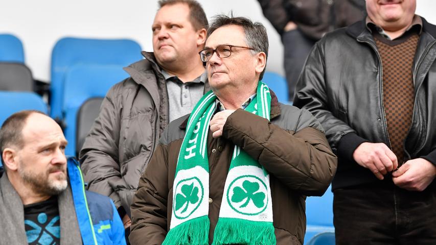 02.02.2019 --- Fussball --- Saison 2018 2019 --- 2. Fussball - Bundesliga --- 20. Spieltag: SC Paderborn - SpVgg Greuther Fürth ( Kleeblatt ) --- Foto: Sport-/Pressefoto Wolfgang Zink / WoZi --- DFL REGULATIONS PROHIBIT ANY USE OF PHOTOGRAPHS AS IMAGE SEQUENCES AND/OR QUASI-VIDEO --- ....Fred Höfler ( Präsident SpVgg Greuther Fürth )