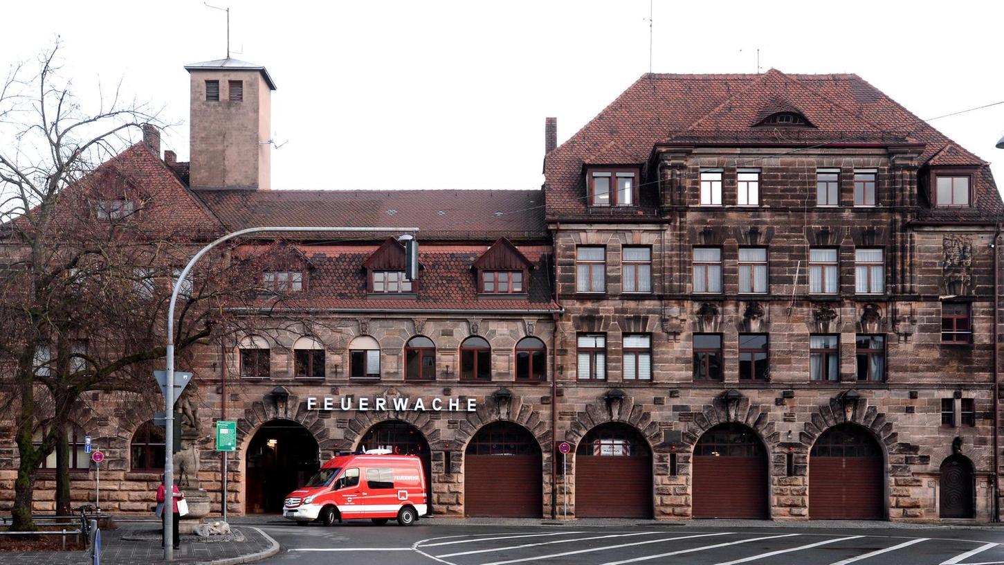 Eine Immobilie im Blickpunkt: Die Begehrlichkeiten für die historische Feuerwache am Helmplatz, die im nächsten Jahr frei wird, nehmen stetig zu.