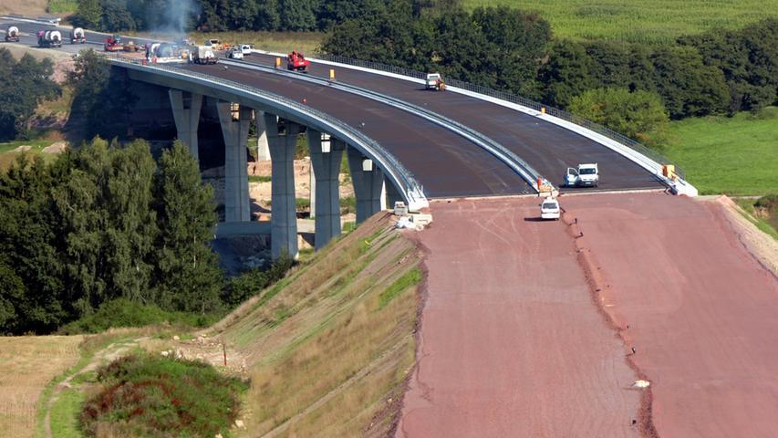 Die 430 Meter lange Talbrücke