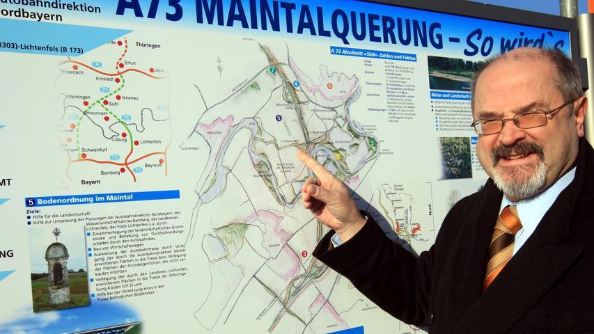 Kurz bevor das letzte Nadelöhr auf der Thüringer-Wald-Autobahn im Jahr 2008 geschlossen wurde, sah sich Bayerns Innenstaatssekretär Jürgen Heike vor Ort in Lichtenfels den Baufortschritt an. Im August 2008, knapp zwei Jahrzehnte nach dem Fall des