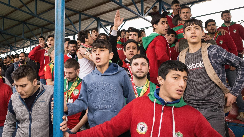 Im Schnitt besuchen 15.000 Menschen die Heimspiele von Amedspor - trotz der Begleitumstände.
