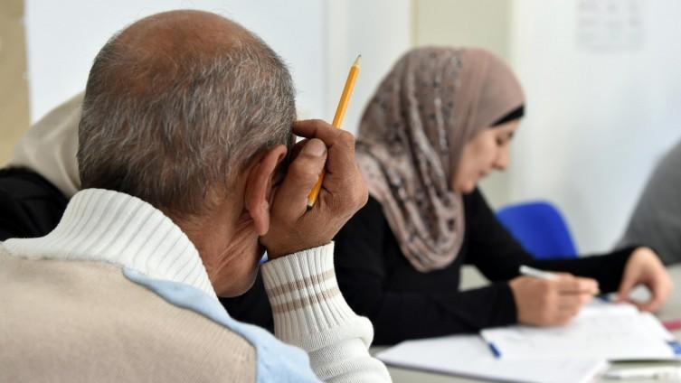 Sie sind ein Schlüssel zur Integration - doch bei den Sprachkursen gibt es oft Probleme.