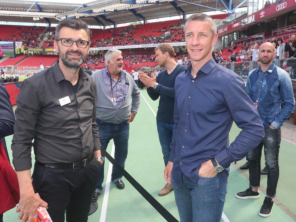 14.05.2017 --- Fussball --- Saison 2016 2017 --- 2. Fussball - Bundesliga --- 33. Spieltag: 1. FC Nürnberg Nuernberg FCN Club - Fortuna Düsseldorf --- Foto: Sport-/Pressefoto Wolfgang Zink / JüRa --- ....Michael Köllner (Trainer 1.FC Nürnberg / FCN ) mit Marek Mintal