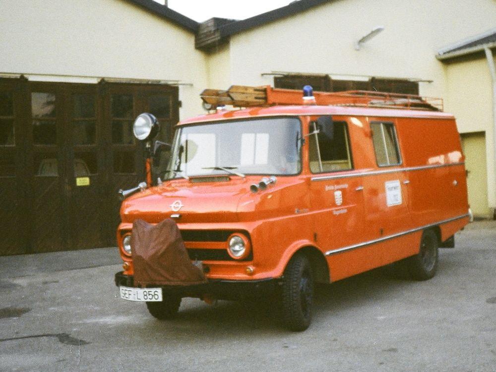 historisches Löschfahrzeug Feuerwehr Sugenheim Opel Blitz