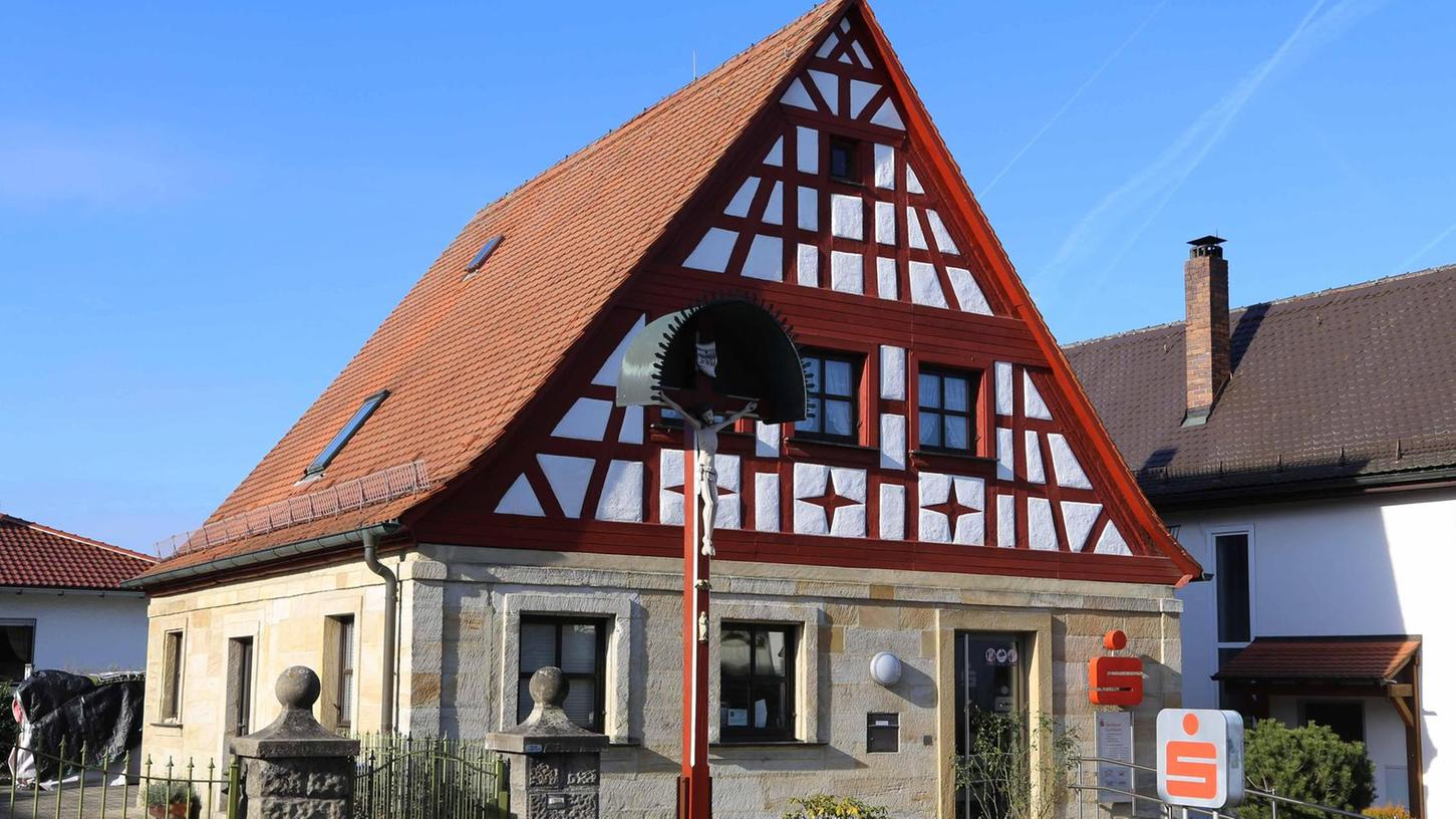 Sparkasse ade: Die Filiale in Wiesenthau wird zum 1. Mai aufgegeben und in die Nachbarfiliale Kirchehrenbach verlegt. Das teilte Bürgermeister Drummer in der Sitzung des Gemeinderates mit.