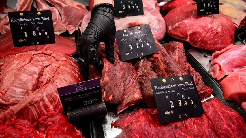Im Top-10-Ranking liegt Deutschland bei den Fleischkosten der EU-Länder auf dem 10. Platz hinter Schweden, Frankreich und Belgien. Die Spitzenreiter sind Schweiz, Island und Norwegen. Dort sind die Preise am höchsten. Ob in den Ländern das Fleisch wohl besser schmeckt?