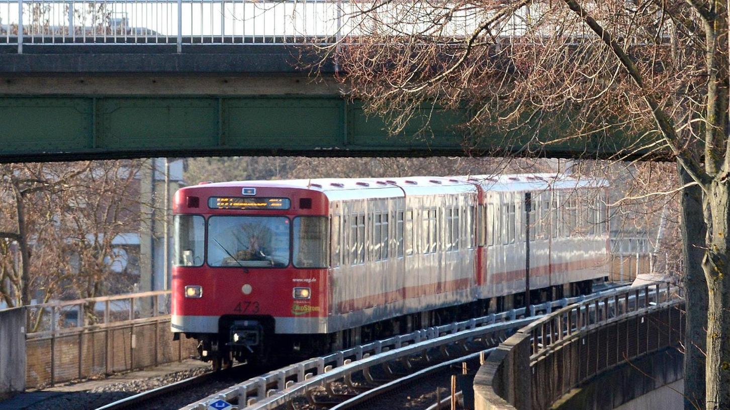 In Muggenhof könnte es einmal eine Umsteigemöglichkeit von der Ringbahn (Trasse im Bild) zur U-Bahn geben.