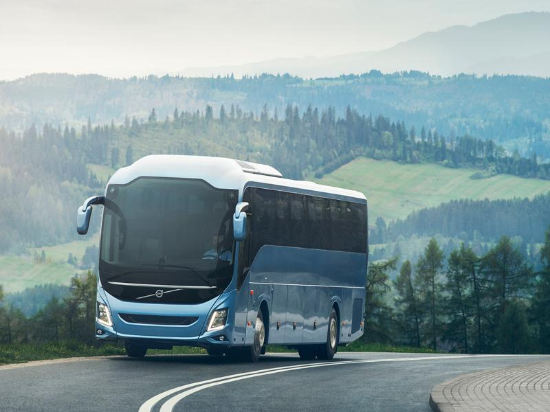 Reisebus: Von Urlaubern als ebenso bequemes wie sicheres Transportmedium geschätzt.