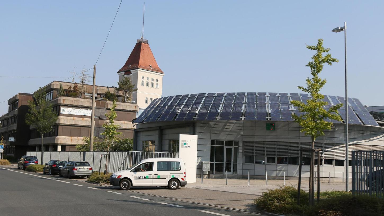Über zwei Millionen Euro Gewinn fuhr 2017 die infra, hier der Hauptsitz an der Leyher Straße, ein.