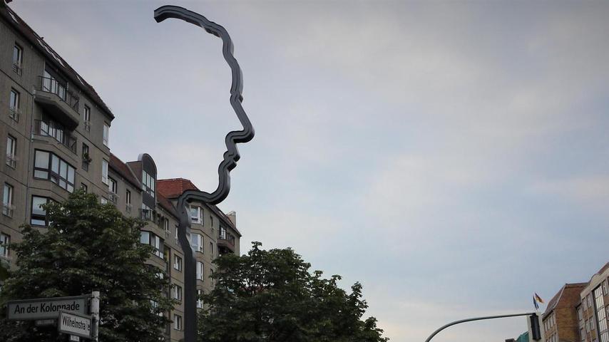 Mann mit Profil: Georg Elsers Denkmal an der Wilhelmstraße.  Mehr persönliche Lieblingsorte von unserem Berlin-Korrespondent Harald Baumer.