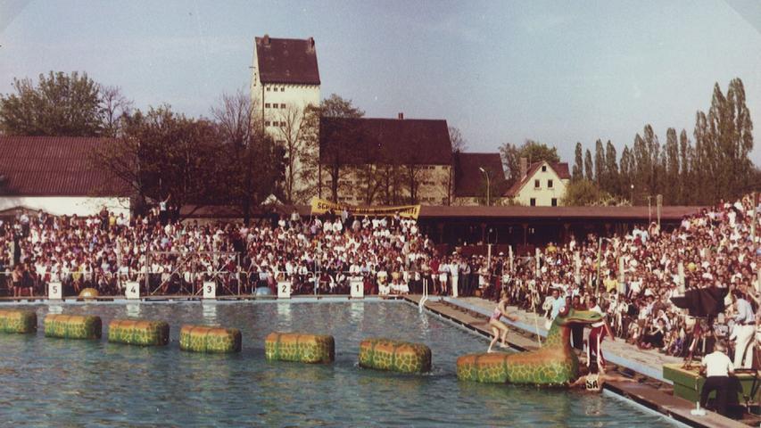 schwabach .spiel ohne grenzen .8. Mai 1971 Parkbad.Schwabach - Schorndorf 14:10.Foto: privat