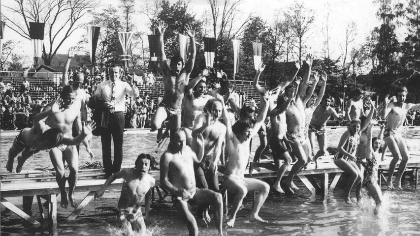schwabach .spiel ohne grenzen .8. Mai 1971 Parkpad.Schwabach - Schorndorf 14:10.Foto: privat
