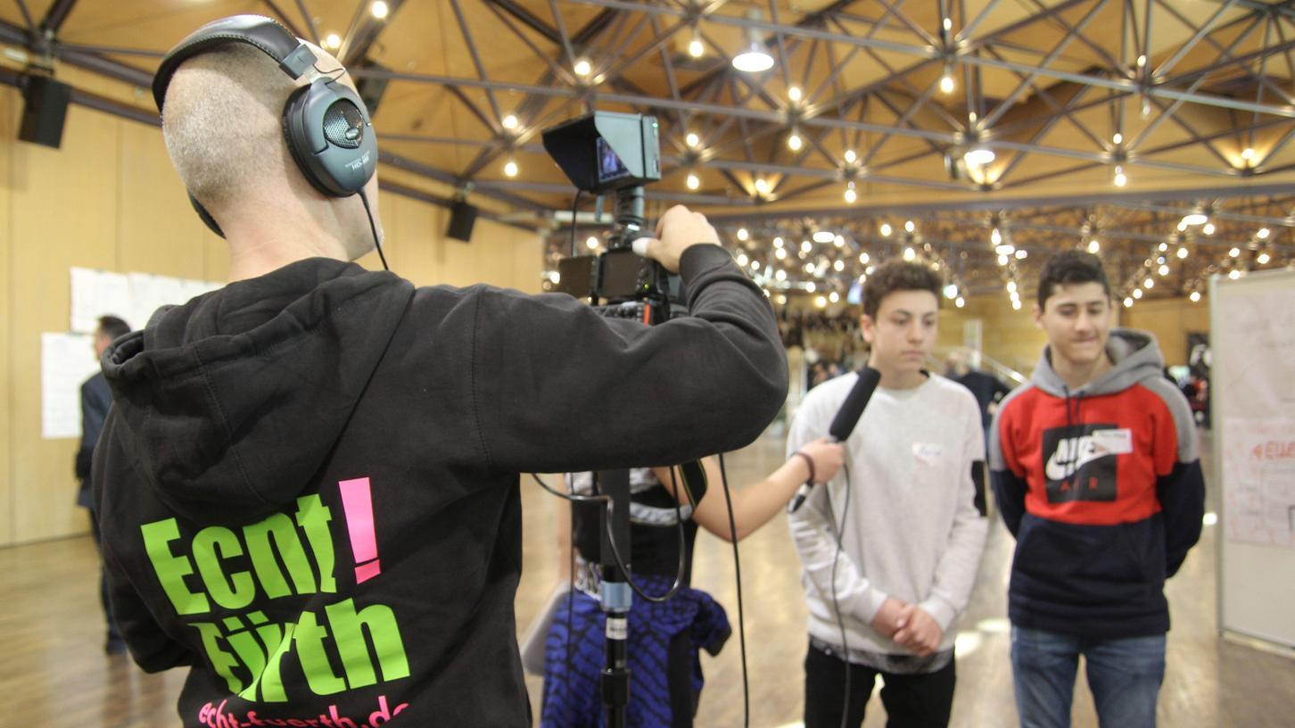 Auch gefilmt wurde beim 2. Fürther Jugendforum.