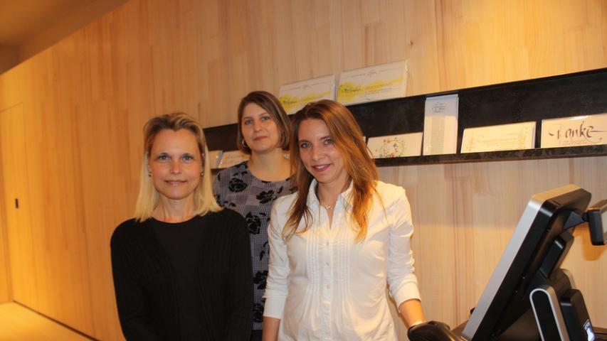 Das Team des Heidenheimer Klosterladens: Kerstin Holzmüller, Margit Schneider und Delia Kieper (von links).