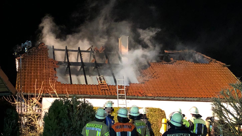 In den frühen Abendstunden des Montag starb eine Frau bei einem Wohnungsbrand in Deining.