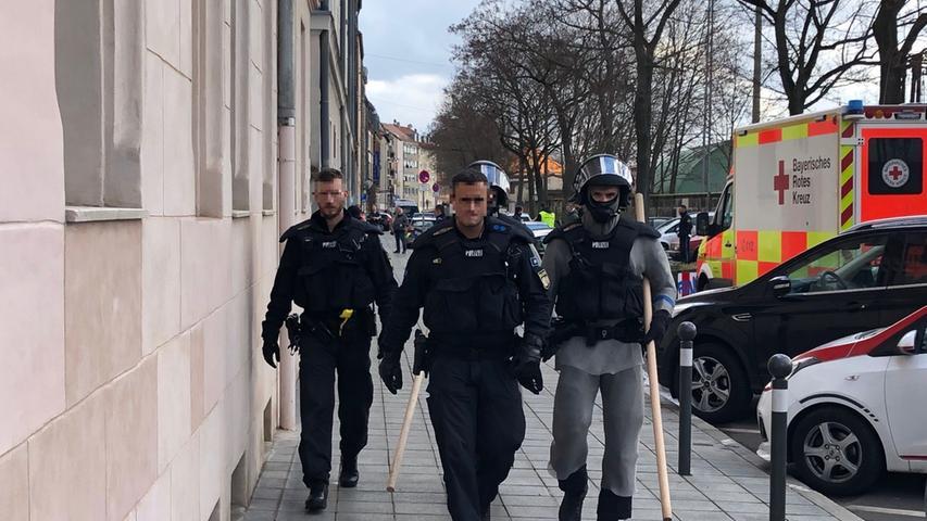 Gostenhof: Mann flüchtet vor Abschiebung und löst SEK-Einsatz aus