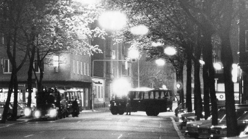 Am 4. Mai 1979 erfolgt der Zugriff: In einer Wohnung in St. Peter lauert die Polizei RAF-Terroristin Elisabeth von Dyck auf und verletzt sie so schwer, dass sie später ums Leben kommt.  Die ganze Geschichte lesen Sie hier.