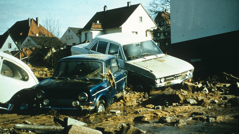 Ein Bild, das die Dammbruch-Katastrophe von Katzwang dokumentiert.