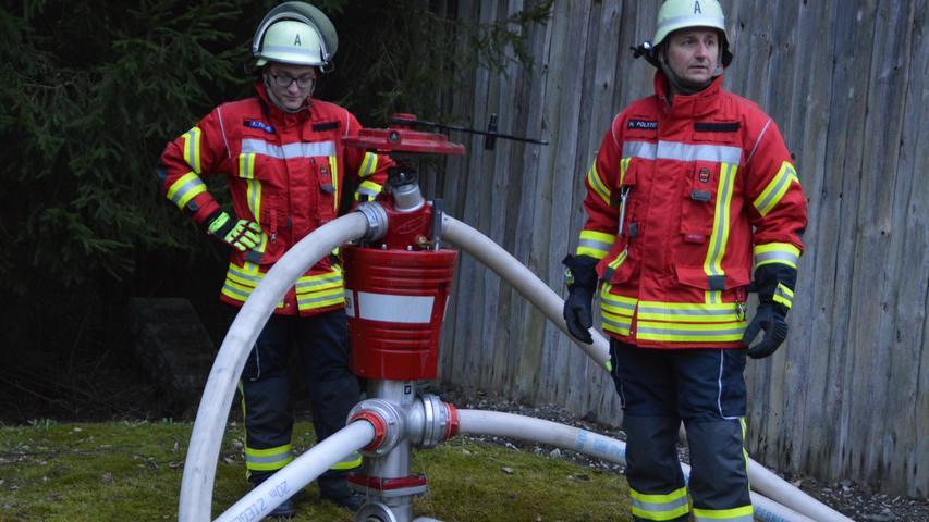 Beim Praxistest wurden am Hydranten vier Schlauchstrecken aufgebaut.