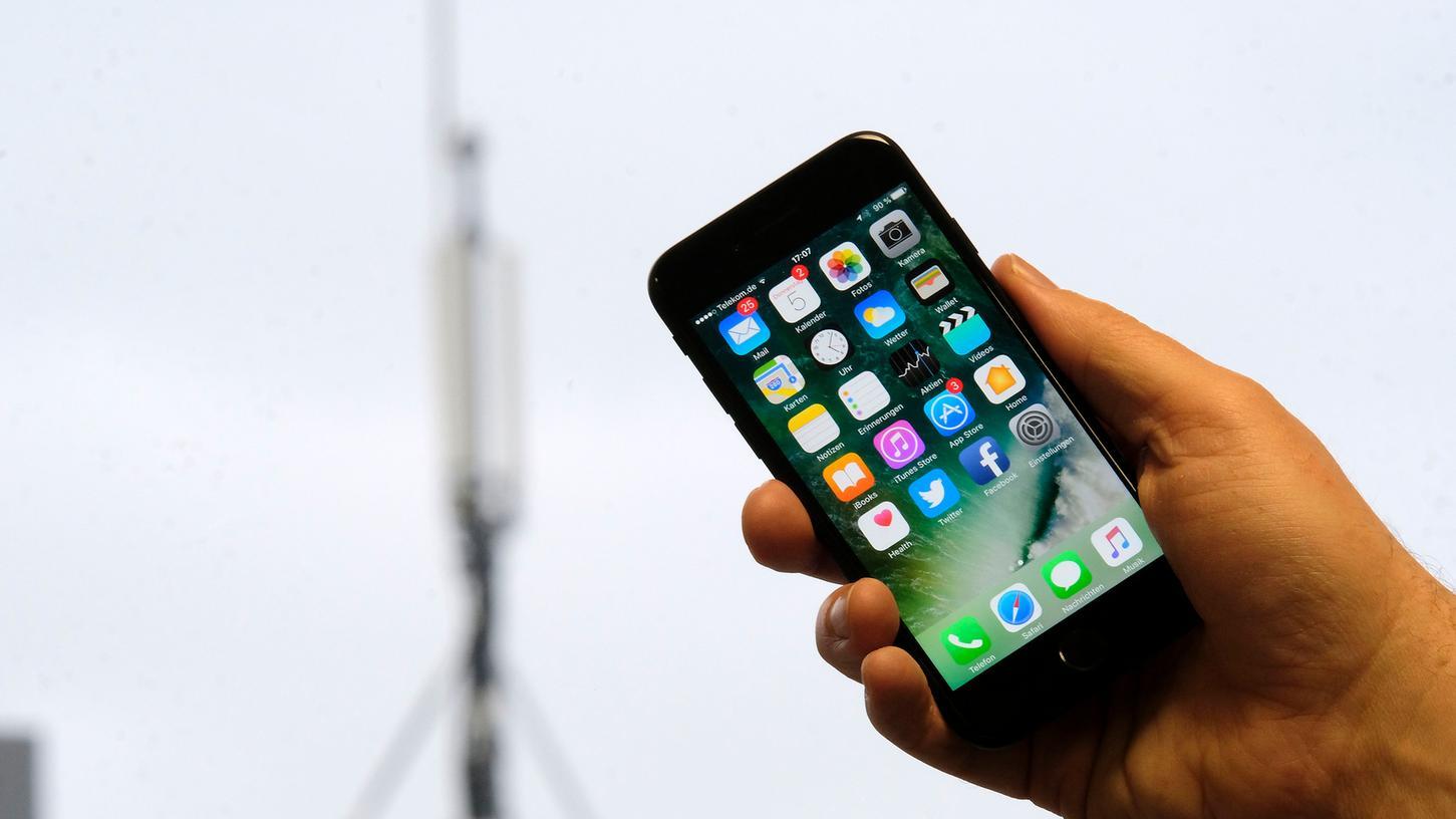 Ohne Mast kein Handyempfang, ohne Handy kein Mast.
