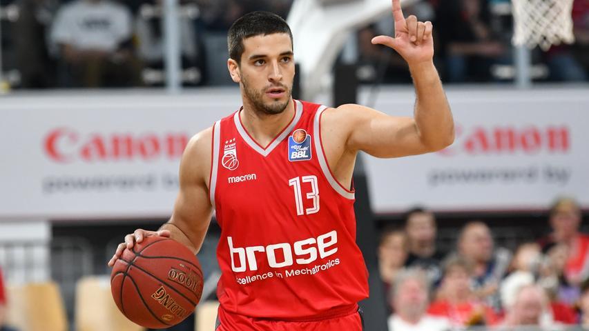 31.03.2019 --- Basketball --- Saison 2018 2019 --- 1. Bundesliga easycredit BBL --- 26. Spieltag: Brose Bamberg - Alba Berlin --- Foto: Sport-/Pressefoto Wolfgang Zink / HMI --- .Daniel Schmidt (13, Brose Bamberg).......